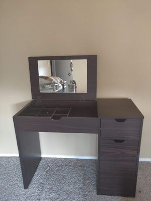 Vanity with mirror and chair for Sale in Brier, WA
