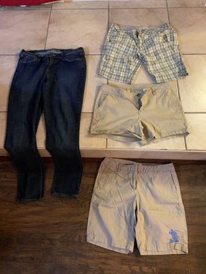 Women's size 10 jeans and shorts for Sale in Davenport, FL