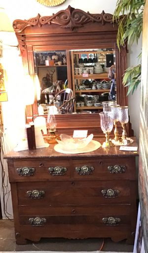 BEAUTIFUL EASTLAKE TYPE ORNATE DRESSER WITH MIRROR for Sale in Portland, OR