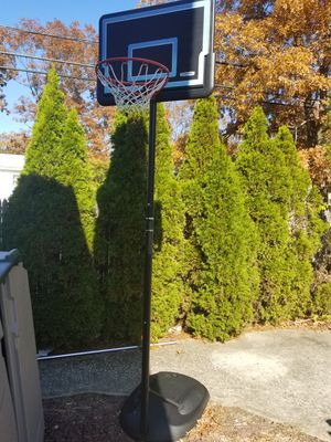 Jr Basketball hoop for Sale in Ronkonkoma, NY