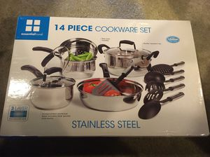 14 piece cookware set - brand new for Sale in VA, US