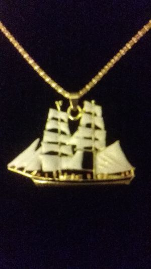 Necklace, sailboat,20$ for Sale in Jurupa Valley, CA