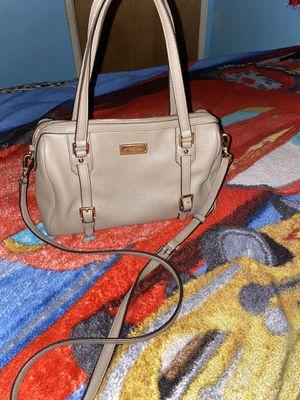 Grey michael kors purse for Sale in Visalia, CA