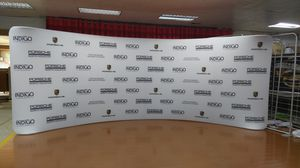 20' x 8' White Backdrop- Curved Stretch Fabric Zipper *BRAND NEW* for Sale in Hollywood, FL