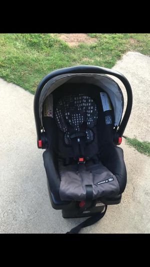 Graco snug ride click connect car seat for Sale in Lindale, TX