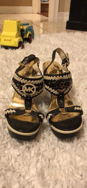 Michael Kors wedges size 7 for Sale in Houston, TX