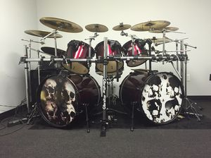 Pearl Forum Drum Set for Sale in Houston, TX
