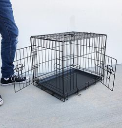 """New in box $25 Folding 24"""" Dog Cage 2-Door Folding Pet Crate Kennel w/ Tray 24""""x17""""x19"""" for Sale in El Monte,  CA"""