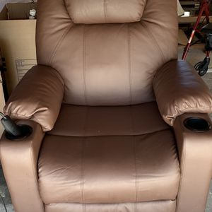 Moving sale - Lifting Recliner Must Sell By 1-23 for Sale in Long Beach, CA