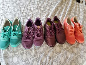 Women's Reebok Shoe Bundle - Women's size 9.5 for Sale in Phoenix, AZ