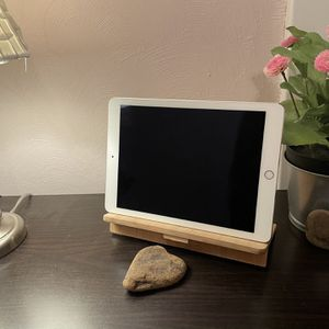 iPad Stand for Sale in Pittsburgh, PA