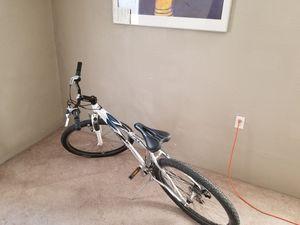 Schwinn ridge aluminum mountain bike for Sale in Sapulpa, OK