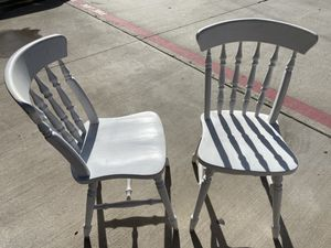 4 wooden chairs (great for breakfast table) for Sale in Richardson, TX