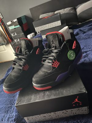 Jordan 4 raptors size 9.5 for Sale in Tampa, FL