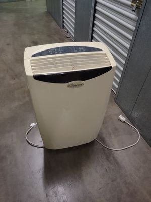 Stand up air conditioner runs strong for Sale in North Hollywood, CA