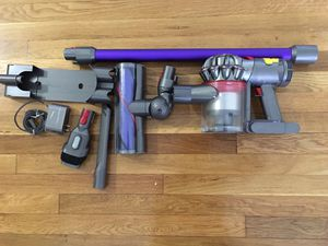 Dyson v7 motorhead cordless vaccum cleaner - new ( without original box ) for Sale in Woodbridge Township, NJ