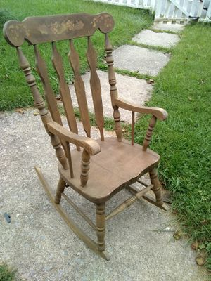 Rocking chair for Sale in Williamsport, PA