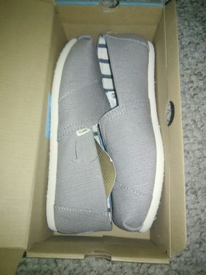 TOMS SHOES SIZE 8 MORNING DOVE HERITAGE CANVAS SLIP ON NEW IN BOX for Sale in Schaumburg, IL