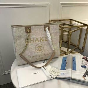 Chanel bag for Sale in Plant City, FL