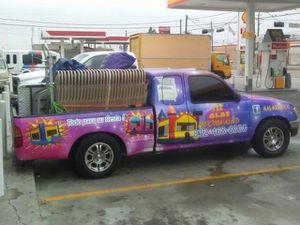Se rentan mesas sillas y brincolines los 7 días de la semana for Sale in Houston, TX