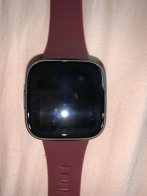 Fitbit Versa 2 for Sale in Madera, CA