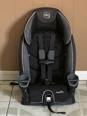 LIKE NEW EVENFLO CAR SEAT 2 in 1 for Sale in Jurupa Valley, CA