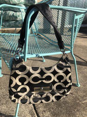 Authentic Coach Shoulder Bag for Sale in San Antonio, TX