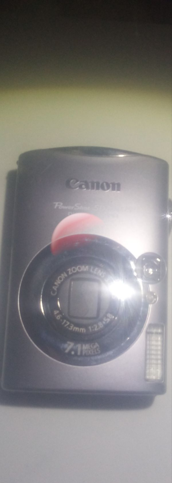 Canon Power Shot SD800 IS digital elph