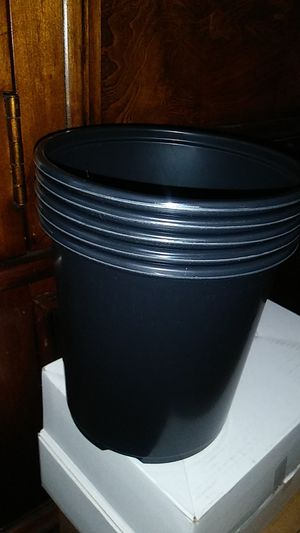Set 5pcs 1gallon plant pot for Sale in Richmond, CA