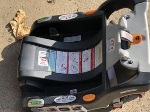 Chicco Keyfit 30 for Sale in Sacramento, CA