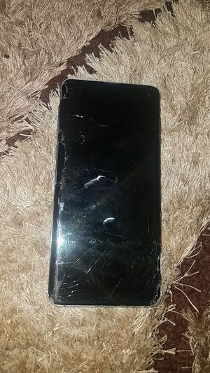 SAMSUNG S10 REPLACE LCD (1000$ PHONE) for Sale in Washington, DC