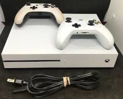 Xbox one for Sale in Belleville, MI