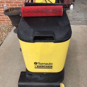 Floor Scrubber Tornado Cylindrical for Sale in Saint Charles, MO
