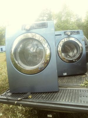 CHANGE IN PrICE. MUST SELl. Sanyo. Washer and dryer set for Sale in Lexington, KY
