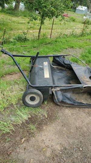 leaf or grass sweeper for Sale in Colton, OR