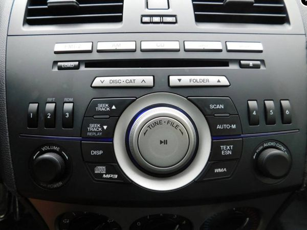 2011 Mazda Mazda3 Sedan Radio CD Player