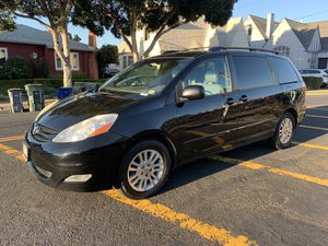 2006 toyota sienna xle for Sale in San Leandro, CA