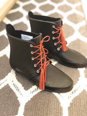 Women's Rain Boots, Size 7 for Sale in Riviera Beach, FL