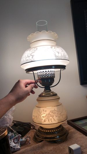 Antique lamp for Sale in Damascus, MD