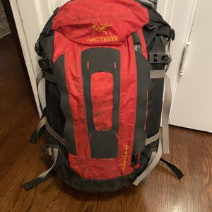 Arcteryx Needle 45 Backpack for Sale in Seattle, WA