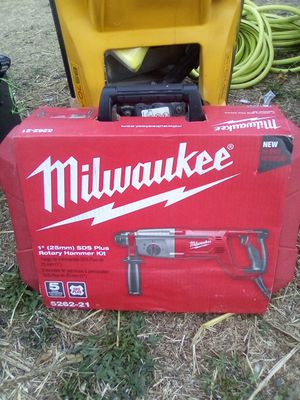 Milwaukee rotary hammer kit for Sale in Richmond, CA
