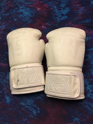Venom 14 oz boxing gloves for Sale in Richland, WA