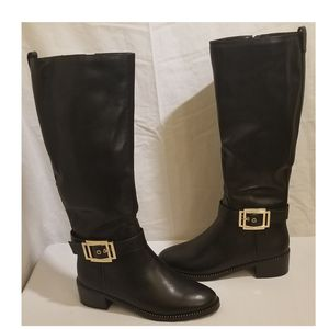 Ladies Leather Black Boots for Sale in Hyattsville, MD