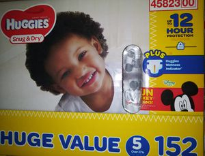 HUGGIES SNUG&DRY for Sale in Moreno Valley, CA