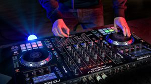 DJ for Sale in Los Angeles, CA