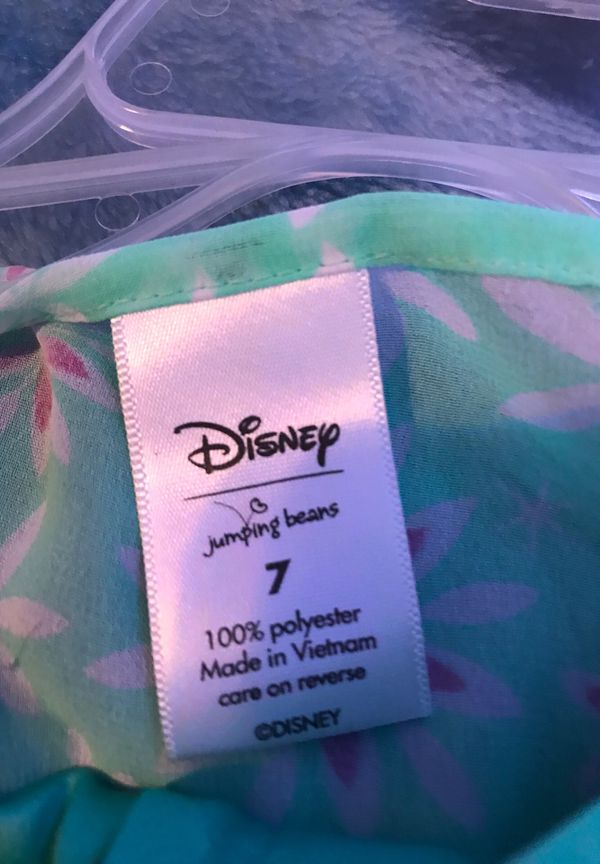 Disney Elsa dress with an cape on the back