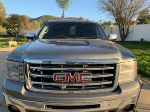 1500 GMC Sierra 2012 v8 for Sale in Menifee, CA