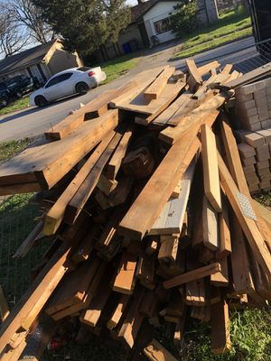 Free wood for Sale in Balch Springs, TX