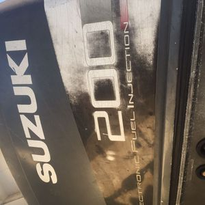 Suzuki DT200 EFI Outboard for Sale in Seal Beach, CA