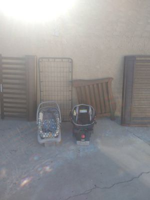 Baby toddler bed/ baby carrier for Sale in Los Angeles, CA